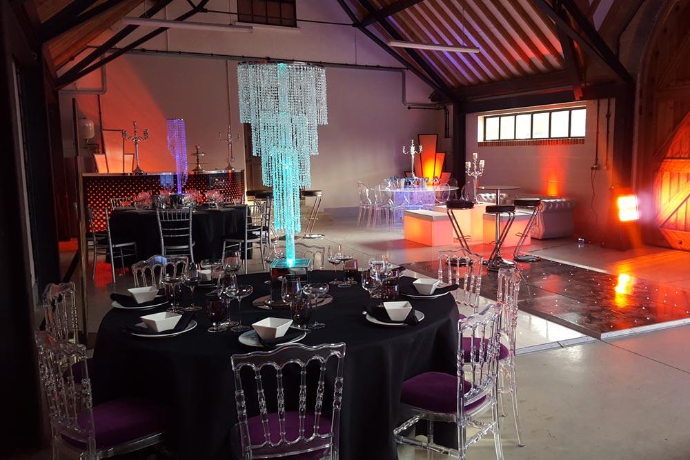art deco themed dining arrangement by marlborough events